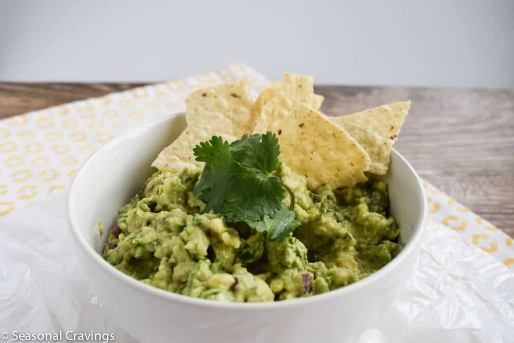 Addictive guacamole with tortilla chips