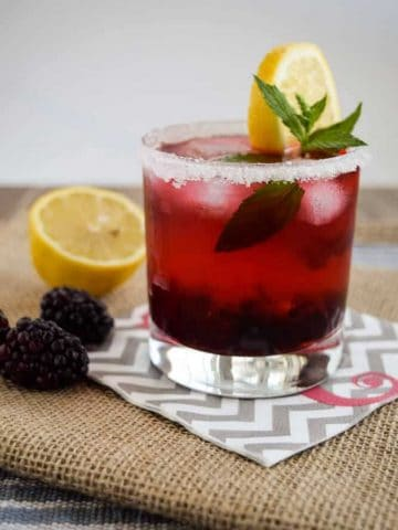 Easy Blackberry Mojito