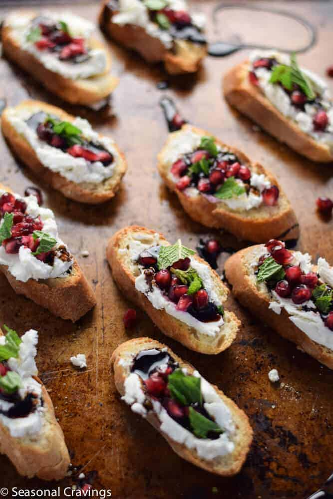 Pomegranate and goat cheese crostini seasonal cravings - Deseed pomegranate less one minute video ...