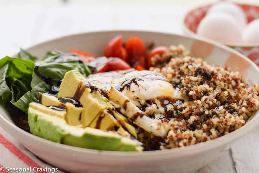 Breakfast Quinoa Bowl with Egg