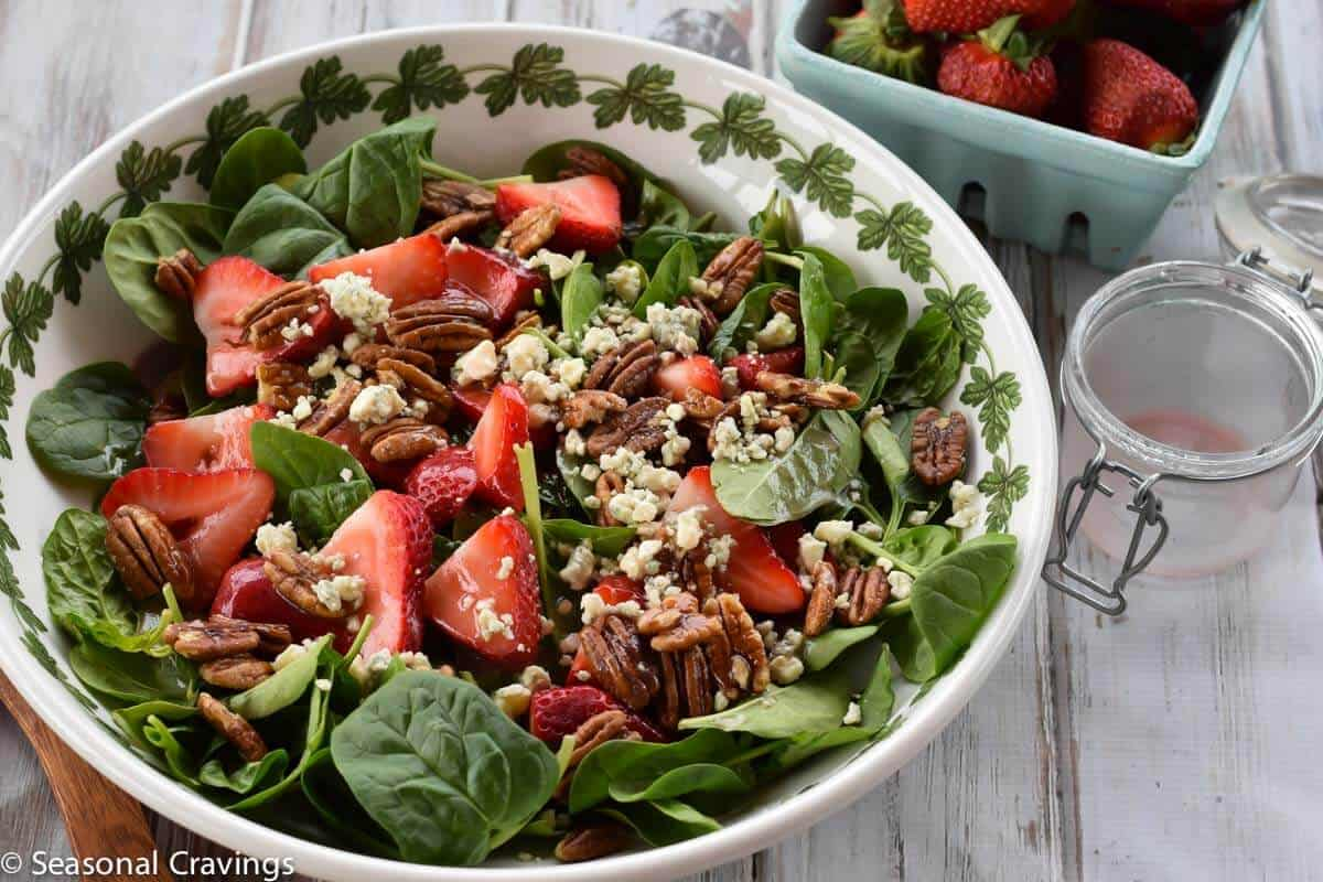 Strawberry and Pecan Spinach Salad with blue cheese