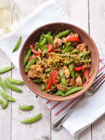 Zucchini Noodle Stir Fry with Chicken and Peppers