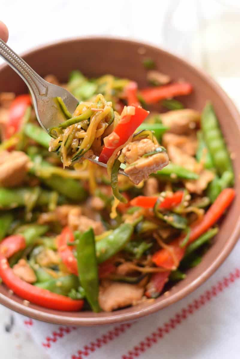 Zucchini Noodle Stir Fry with Chicken and Peppers nutritious, low carb, gluten free dinner that's ready in less than 30 minutes using spiralized noodles.