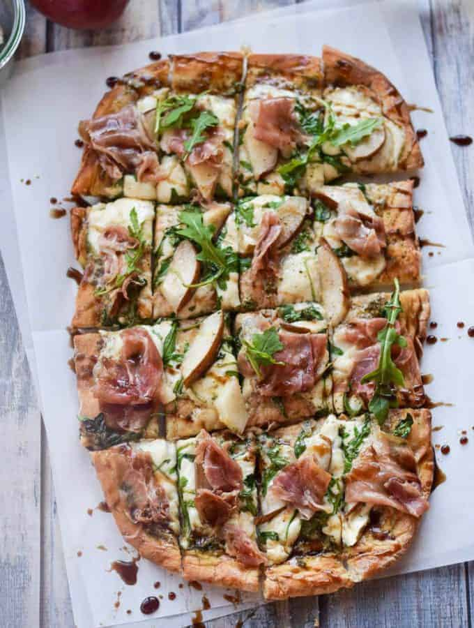 Arugula and Prosciutto Pizza