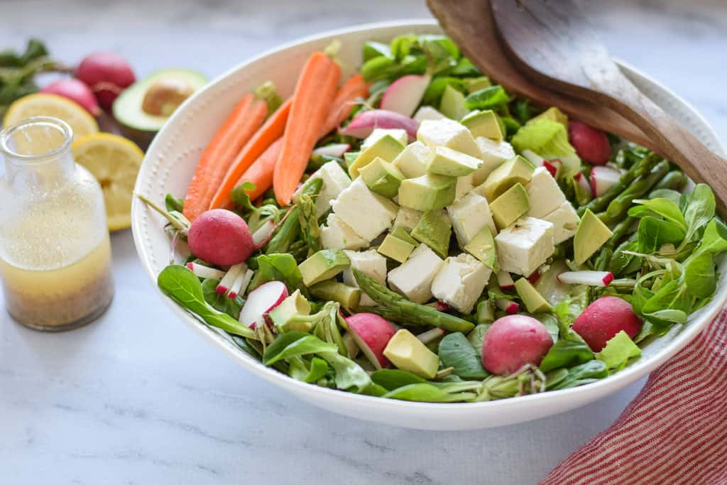 Spring Green Salad with Asparagus