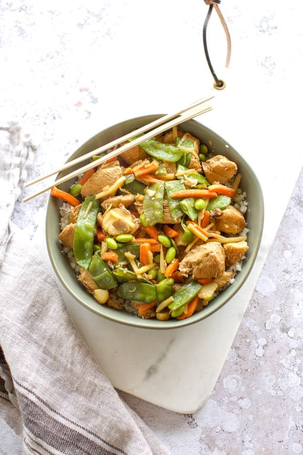 easy healthy chicken stir fry with frozen vegetables