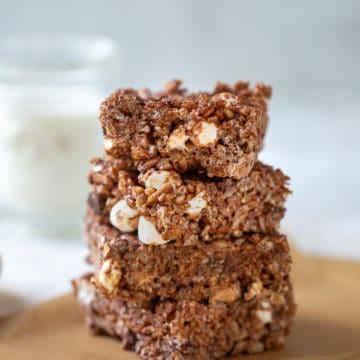 chocolate rice krispie treats stacked up